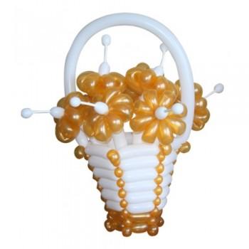 """Корзина с цветами из воздушных шаров """"Золотые ромашки"""""""